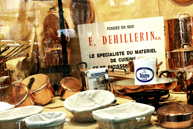 In the window of E. Dehillerin