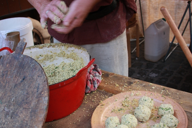 Making Falafel