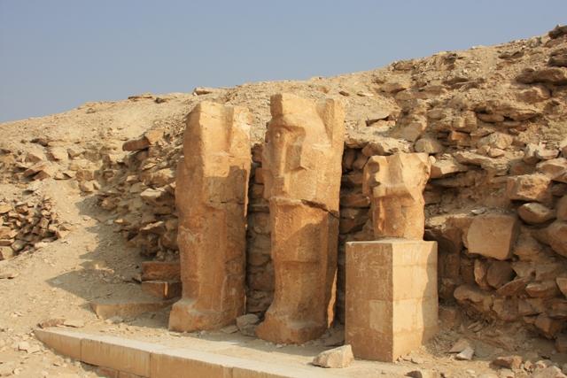 Statues at Saqqara