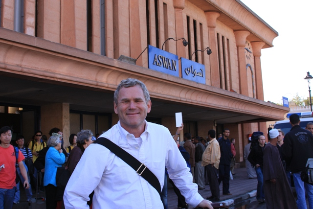 R at the Aswan train station