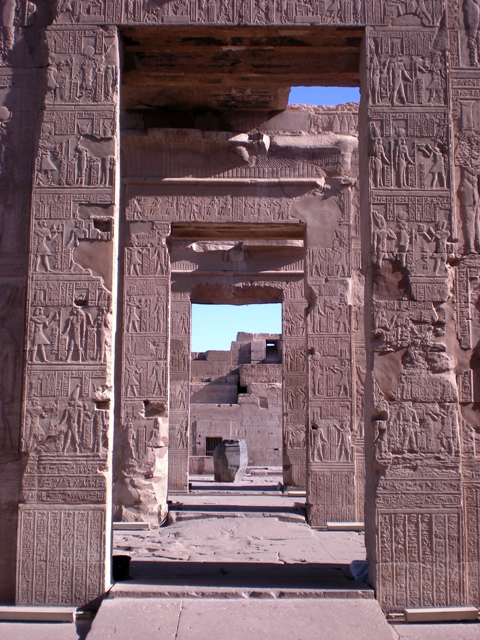 Looking in - Kom Ombo