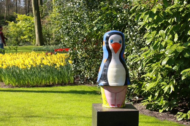 Penguin at Keukenhof
