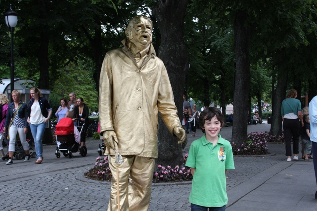 C with Gold man