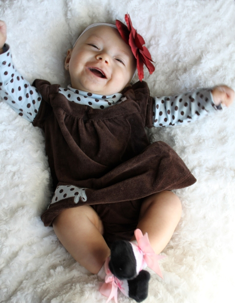 Smiling & dancing