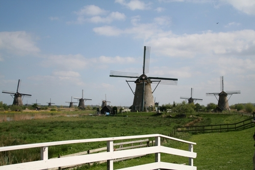 Windmills_at_the_kinderdijk_6
