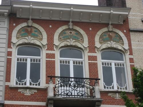 Art_nouveau_window