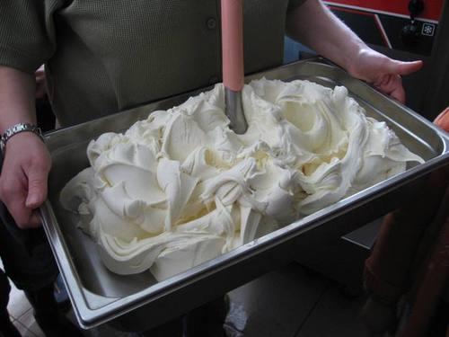 Fresh_ice_cream