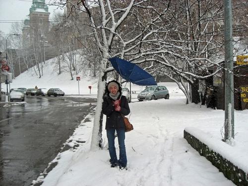 Cheap_umbrella