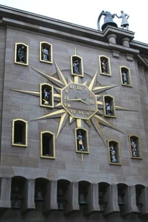Brussels_clock_2