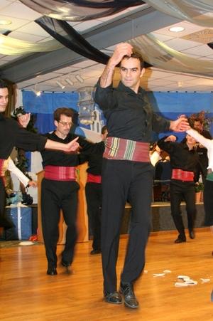 Greek_dancers_i_4