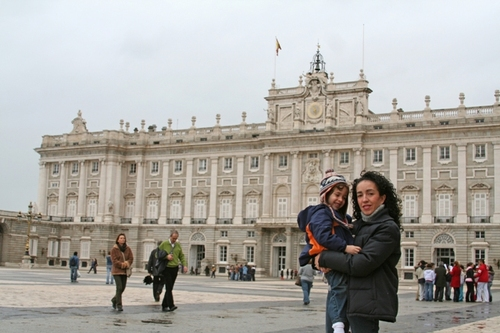 Lilc_me_at_the_royal_palace_in_madrid_1