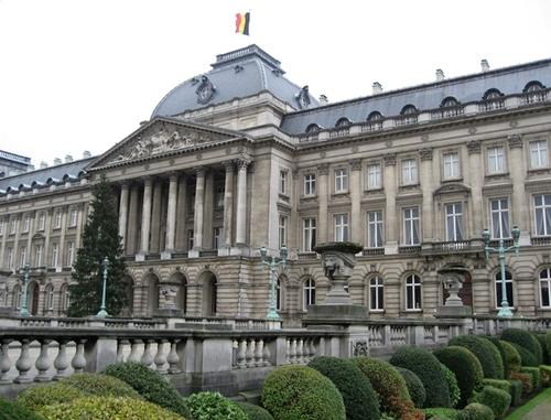 Royal_palacebelgium
